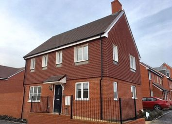 Thumbnail 3 bed detached house to rent in Killick Road, Horley