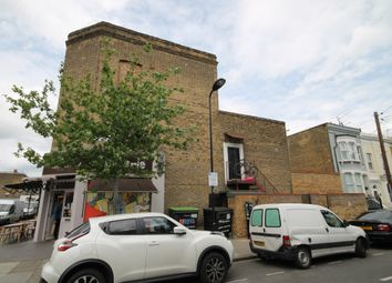 Thumbnail 3 bed duplex to rent in Chatsworth Road, Hackney