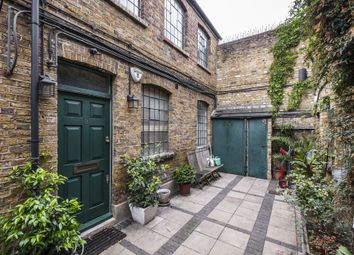 Thumbnail 2 bed flat to rent in Victoria Mews, Shoreditch