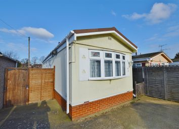 Thumbnail 2 bed mobile/park home for sale in Mobile Home, Drakes Drive, St. Albans
