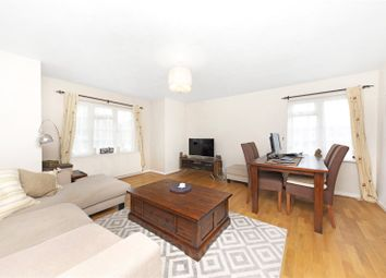 2 bed flat to rent in Colne Drive, Walton-On-Thames, Surrey KT12