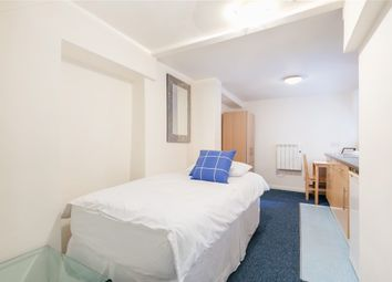 Thumbnail Studio to rent in West Cromwell Road, London