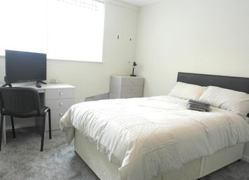 Thumbnail 2 bed flat for sale in Great Thornton Street, Kingston Upon Hull