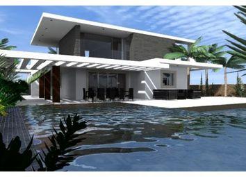 Thumbnail Villa for sale in Albufeira, Algarve, Portugal
