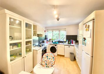 2 bed maisonette to rent in Woffington Close, Hampton Wick KT1