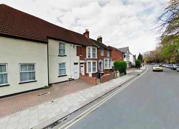 Thumbnail 6 bed shared accommodation to rent in Foster Hill Road, Bedford
