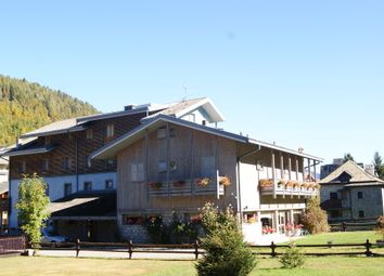 Thumbnail Hotel/guest house for sale in Aprica, Sondrio, Lombardy, Italy