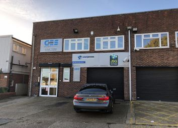 Thumbnail Office to let in Unit 9, Graphic House, Totman Close, Brook Road Industrial Estate, Rayleigh