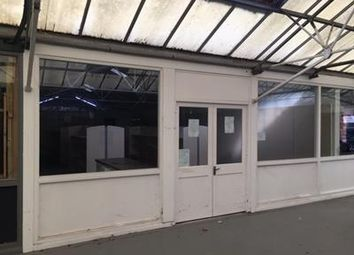 Thumbnail Retail premises to let in Former Wyevale Garden Centre, Bath Road, Thatcham, Berkshire