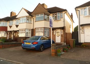 3 bed semi-detached house to rent in Chatham Close, Sutton SM3
