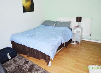 Thumbnail 4 bedroom flat to rent in Ampthill Square, London
