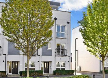 Thumbnail 2 bed maisonette for sale in Canalside, Redhill, Surrey