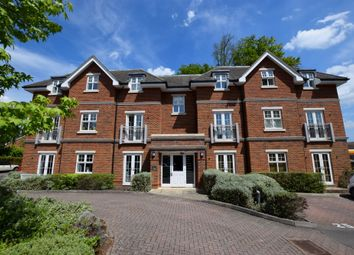2 bed flat for sale in Bramshott Place, Fleet GU51