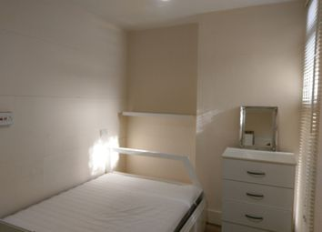 Thumbnail Room to rent in Clarence Court, The Broadway, London