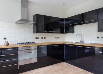 Thumbnail 1 bed flat to rent in Beaufort Gardens, London