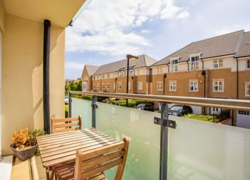 Perkins Gardens, Uxbridge UB10. 2 bed flat