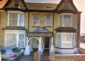 Thumbnail 2 bed flat to rent in Tennyson Avenue, Bridlington