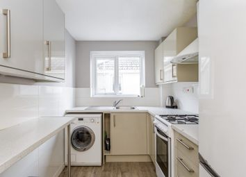 Thumbnail 3 bedroom flat to rent in Shaftesbury Road, Southsea