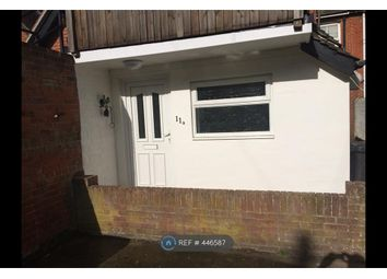 Thumbnail 1 bed flat to rent in Pier Street, Lee On Solent