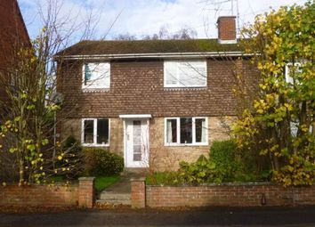 2 bed maisonette to rent in Cromwell Road, Basingstoke RG21