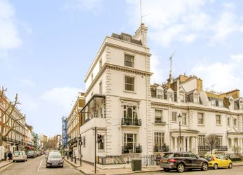Thumbnail 3 bed maisonette to rent in Walton Street, Knightsbridge
