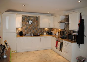 Thumbnail 3 bed flat to rent in Brigg Road, Barton Upon Humber, North Lincolnshire