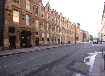 Thumbnail 1 bed flat to rent in Ingram Street, Glasgow