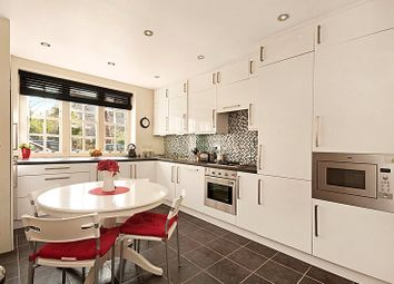 Thumbnail 1 bed flat for sale in Ruskin House, Erasmus Street, Millbank Estate, London