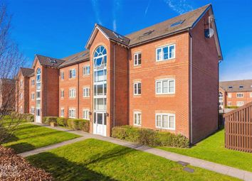 2 bed flat to rent in Gadfield Grove, Atherton, Manchester M46