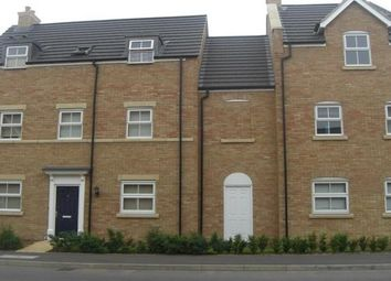 Thumbnail 2 bed flat to rent in Appledore Road, Bedford