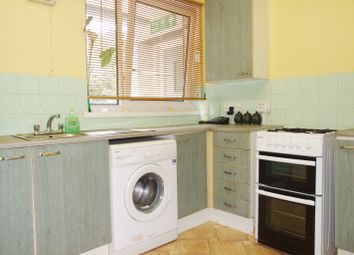 4 bed maisonette to rent in Cable Street, Limehouse E1W