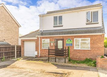 Thumbnail 2 bed detached house to rent in Fairmead Way, Peterborough