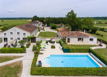 Thumbnail 15 bed property for sale in Poitou-Charentes, Charente-Maritime, Saintes