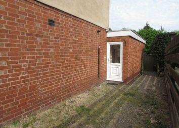 Thumbnail 1 bed flat to rent in Stoneleigh Road, Kenilworth