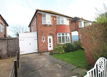Thumbnail 3 bed detached house to rent in Hollinwell Avenue, Wollaton, Nottingham