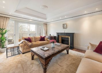 Thumbnail 4 bed property to rent in Palace Green, Kensington, London