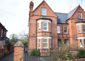 Thumbnail 1 bed flat to rent in Connaught Road, Reading, Berkshire