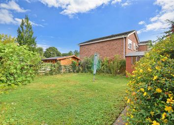 Thumbnail 3 Bedroom Link Detached House For Sale In Poplar Drive Banstead Surrey