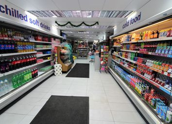 Retail premises to let in Beehive Lane, Ilford IG1