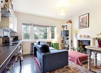 2 bed maisonette to rent in Dinsdale Road, London SE3