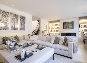 Thumbnail 4 bed mews house for sale in 20 Adams Row, London
