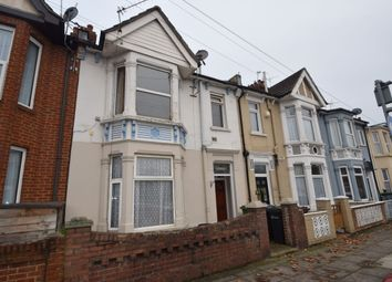 2 bed flat to rent in Milton Road, Portsmouth PO3