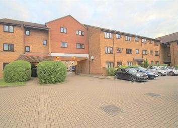 Thumbnail 2 bed flat to rent in Imperial Road, Windsor, Berkshire