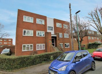 Thumbnail 2 bed flat for sale in Shirley Road, Wallington, Surrey.