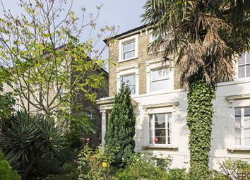 Thumbnail 2 bed flat to rent in Victoria Park Road, Victoria Park