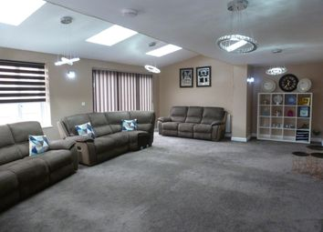 Thumbnail 4 bed property to rent in Brookside Drive, Oadby, Leicester