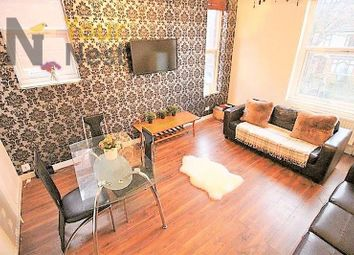 Thumbnail 6 bed property to rent in Flat 3, 70 Cardigan Road, Hyde Park