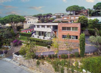 Thumbnail 5 bed villa for sale in Spain, Barcelona North Coast (Maresme), Cabrils, Mrs7861