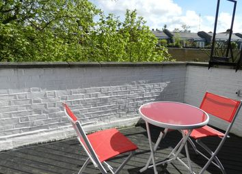 Thumbnail 2 bed flat to rent in Penywern Road 27, London
