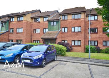 2 bed flat for sale in Bernards Close, Ilford IG6